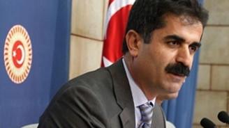"""CHP'den Başbakan hakkında """"soykırım"""" suç duyurusu"""