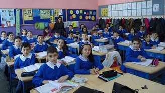 İlkokullarda öğretmen başına 19 öğrenci düşüyor