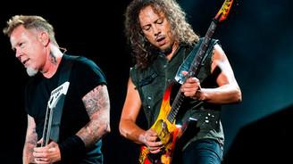 İstek parçanı söyle Metallica senin için çalsın