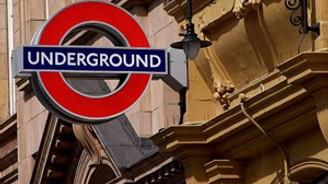Londra metrosundaki grev hayatı felç etti