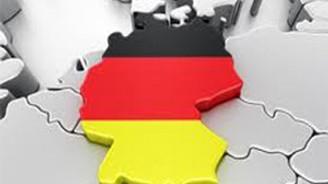 Almanya'da hizmet sektörü PMI beklentilerin altında