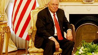 Cheney'den Rusya'ya suçlama