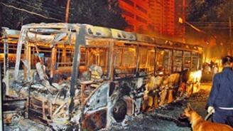 Edirne'de seyir halindeki otobüs yandı