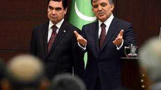Türkmenistan'da üstlenilen projelerin değeri 40 milyar dolar