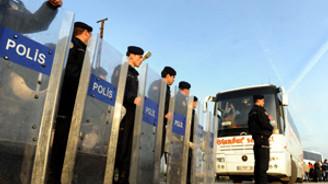 İşçiler Ankara'ya alınmadı