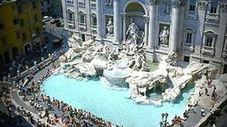 """Roma'nın ünlü """"Aşk Çeşmesi"""" kapandı"""