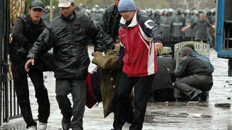 Kırgızistan kaynıyor