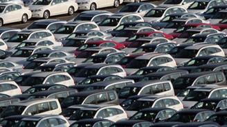 Otomotiv sektöründe daralma sürüyor