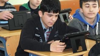 732 bin öğrenciye tablet dağıtıldı