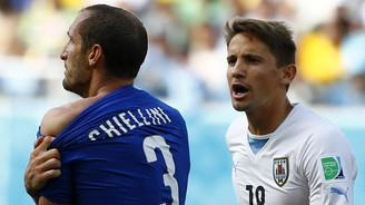 Uruguay İtalya'yı evine gönderdi