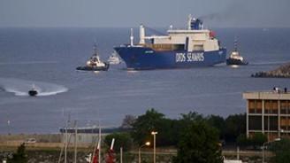 'Kimyasal silahlı' gemi limanda