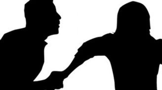 Çalışan kadınlar daha çok şiddet görüyor