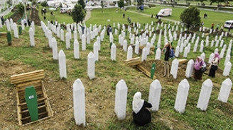175 Srebrenitsa kurbanı toprağa verildi