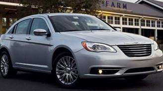 Chrysler 895 bin aracını geri çağırıyor