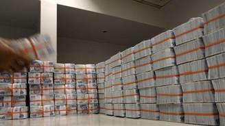 Bütçe 2.36 milyar lira açık verdi
