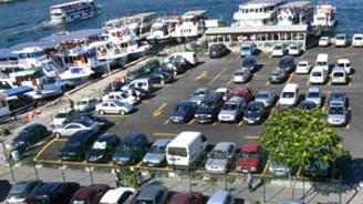 İspark, minibüs duraklarına standart getirecek