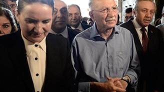 İhsanoğlu'na tepki: Hakkımız yakanızdan düşmeyecek