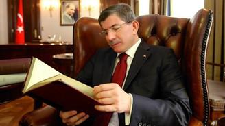 Ve yeni Başbakan Davutoğlu