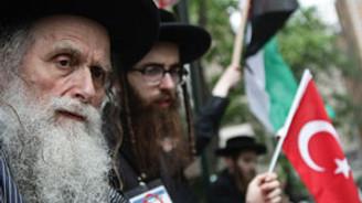 Yahudiler New York'ta İsrail'i protesto etti