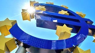 ECB 260 milyar euroluk tahvil aldı