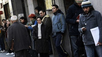 Geçici işçi bireye ve ekonomiye zarar veriyor