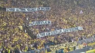 Dortmund taraftarından Çarşı mesajı