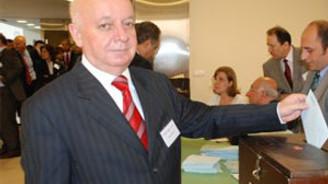OİB Başkanlığı'na yeniden Sabuncu seçildi