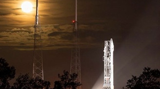 NASA'nın Mars'a gönderdiği uzay aracı yörüngeye girdi