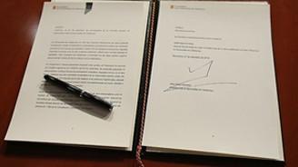 """Katalonya """"bağımsızlık"""" için referandum kararı aldı"""