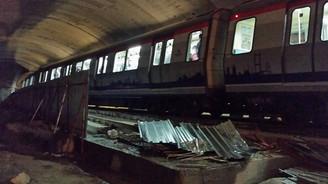 İstanbul metrosunda feci kaza