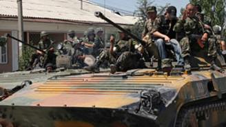 Kırgızistan'daki barikatlar kalkıyor
