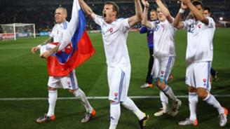 Slovakya ve Paraguay ikinci turda