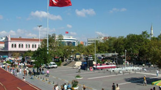 Kadıköy'de toplantı var, yollar kapatılacak