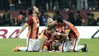 Sneijder Fenerbahçe'yi yıktı!
