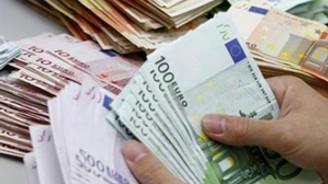 Euro Bölgesi'nde satışlar arttı