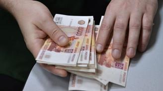Ruble tarihi düşük seviyede