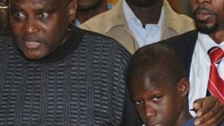 Senegalli kardeşlere 'Ebola' dayağı
