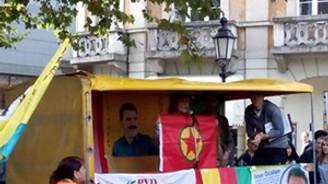 PKK bayrağı tutan vekilin dokunulmazlığı kaldırıldı
