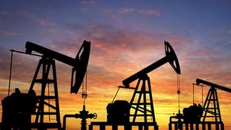Petrol fiyatları borsada enerji devlerini 'eritiyor'