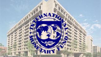 Kosova IMF ile el sıkıştı