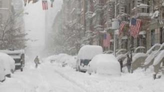 ABD'de kar fırtınası 7 can aldı