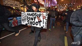 ABD'de 'Kara Cuma'ya Ferguson boykotu