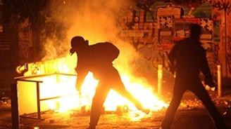 Yunanistan yine alev alev