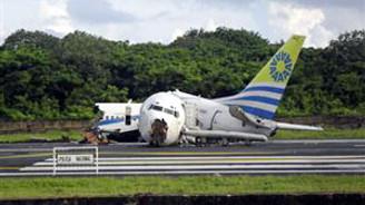 Kolombiya'da uçak düştü: 114 yaralı
