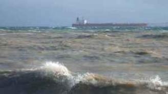 Çanakkale'de poyraz, deniz ulaşımını olumsuz etkiliyor