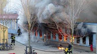 İsveç'te camiye kundaklama: 5 yaralı