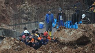 DSİ kanalında göçük: 2 işçi yaralandı