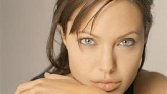 Angelina Jolie cuma Türkiye'de