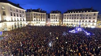 Paris'te dev protesto