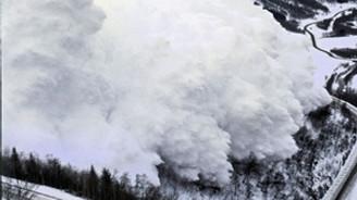 Kanada'da çığ düştü: 5 ölü, 1 yaralı